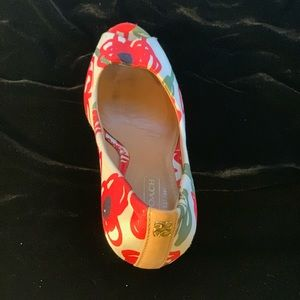 Coach Shoes - Couch satin red rose